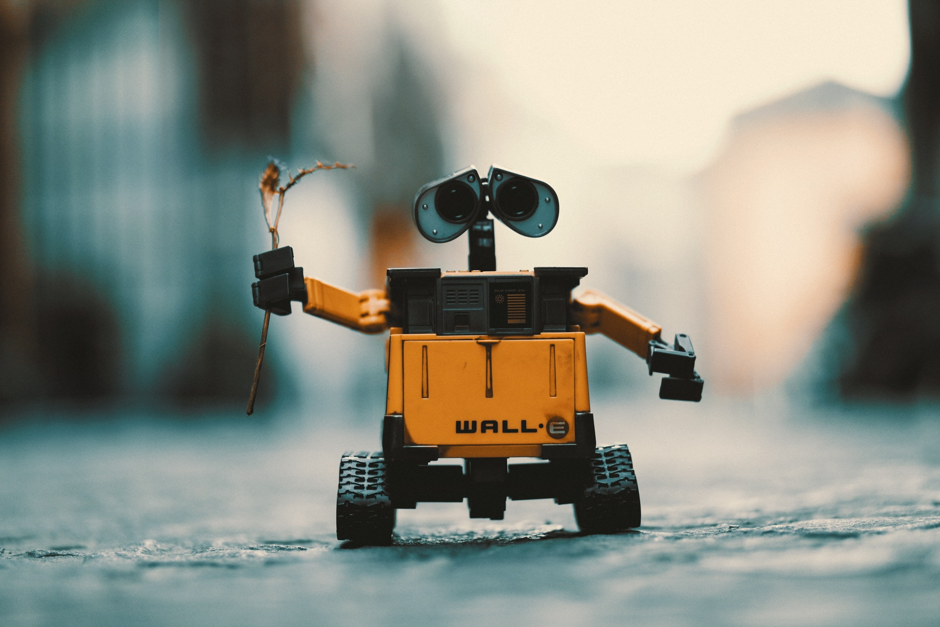 image of robot describing marketing automation software